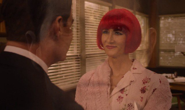 The Red and Pink Rooms embodied in Diane's red and pink floral themes. In Part 17 we get a pink glow like in Episode 16.