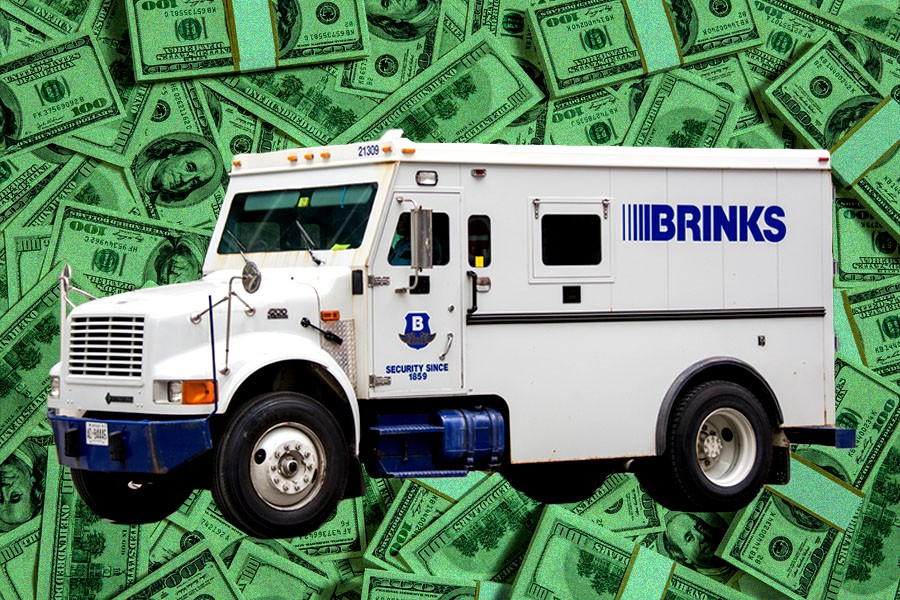 How Much Money is Actually in the Brink\'s Truck When It Backs Up?
