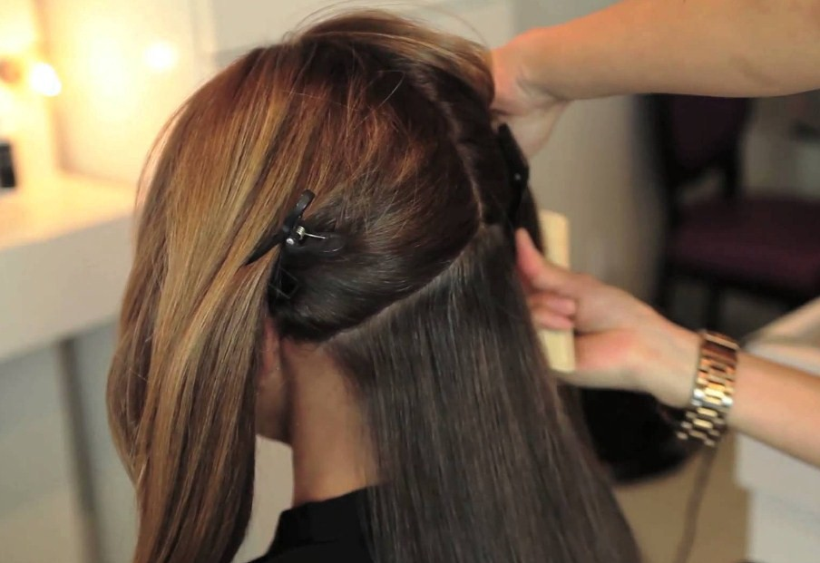 Getting The Stylish Look With The Ombre Hair Extensions Clip In