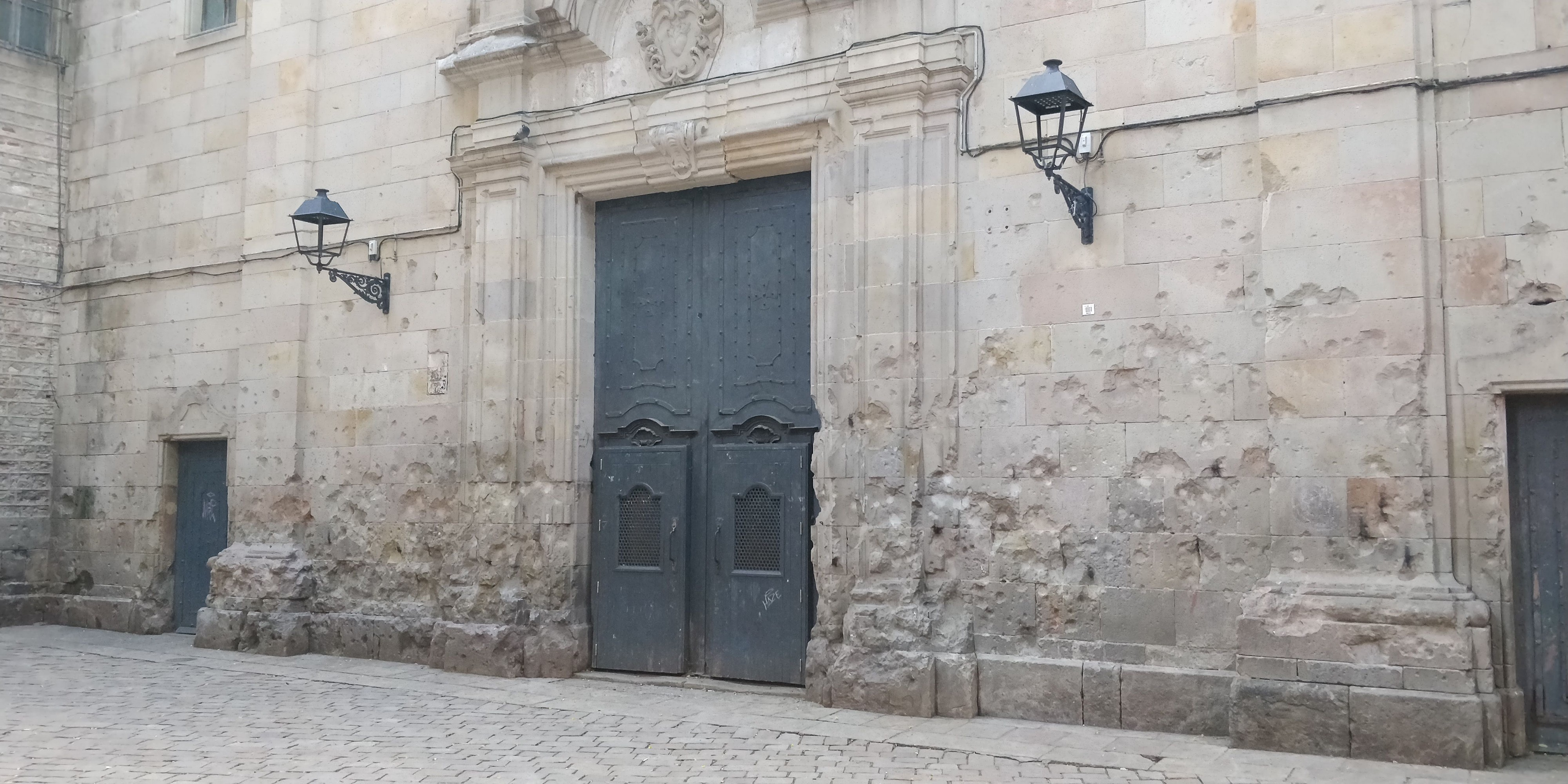 This gorgeous hidden square was the site of a terrible Spanish Civil War tragedy,