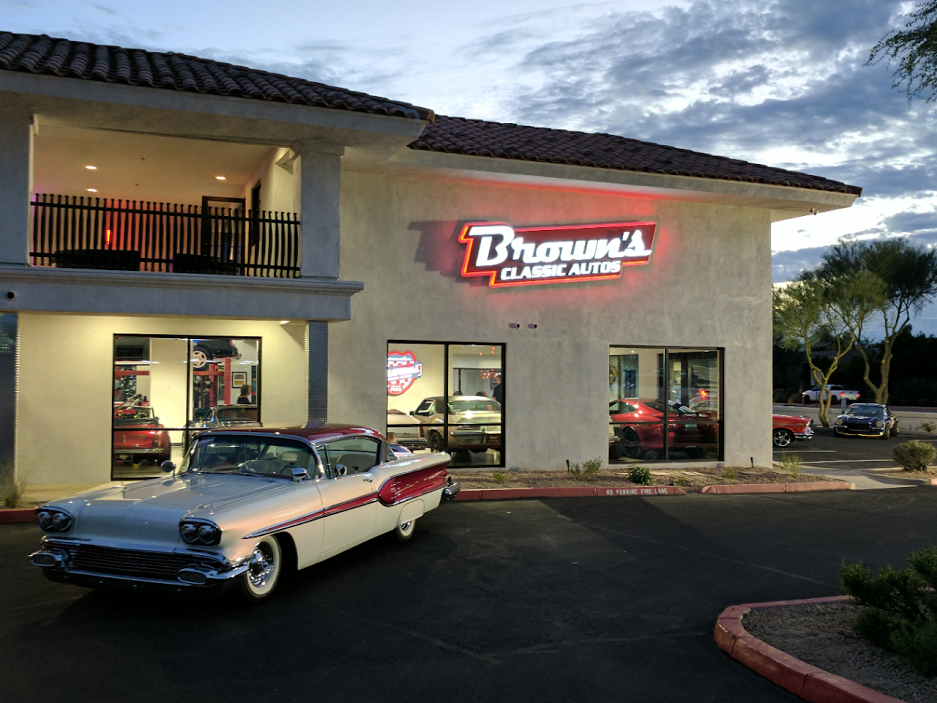 Dealer Showroom: Brown\'s Classic Autos – My Classic Garage