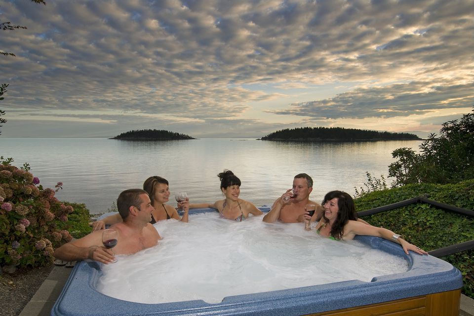 Portable Hot Tub — Get All of the Relaxation Without All of the Expense