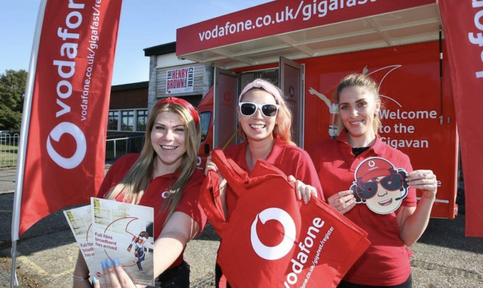 Friday Five: Vodafone invests in data to boost retention image